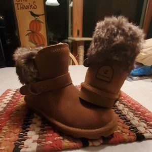 Bear claw boots
